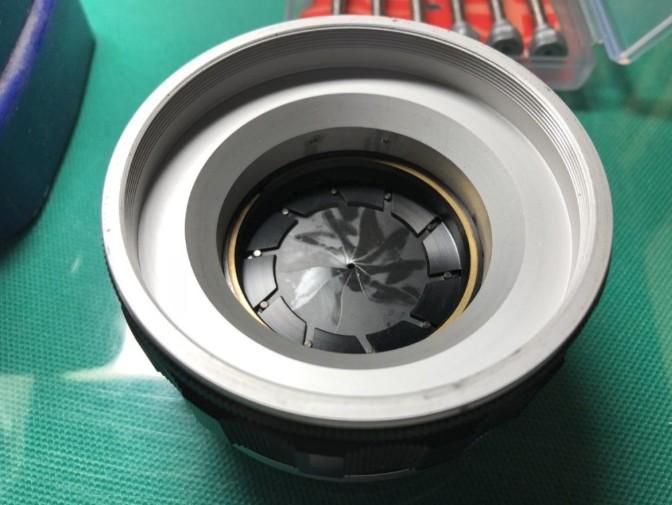 キヤノン CANON LENS 50mm F0.95 絞り羽根に油染みあり