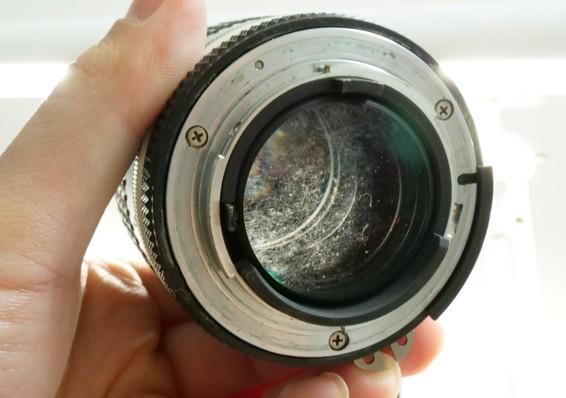ニコン Nikon NIKKOR 105mm F2.5 Ai-s 後玉 カビ付着