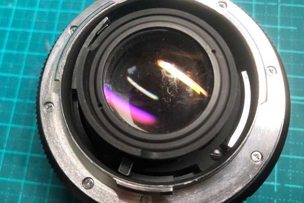 ライカ LEICA SUMMICRON-R 50mm F2 LEITZ CANADA 3カム カビありレンズを買取りました