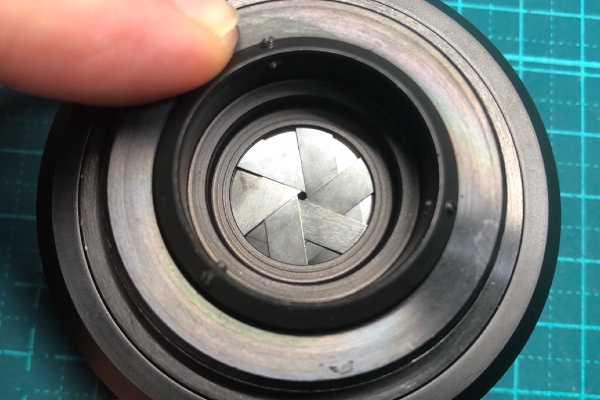 ドミプラン Meyer-Optik Domiplan 50mm F2.8 ゼブラ M42 絞り羽根油染み除去