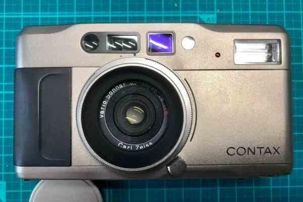 コンタックス CONTAX TVS Carl Zeiss Vario Sonar 28-56mm F3.5-6.5 T ファインダーにカビあり